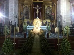 Besamanos en la Iglesia de San Miguel
