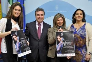 Antonio Real e Isabel Paredes pres Pasarela Flamenca