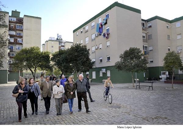 La reurbanización de la plaza Zahara, entre las mejoras en la barriada de La Granja
