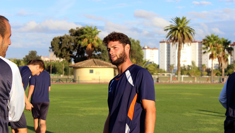 """Juanma Reyes: """"Me he quedado alucinado cuando he visto el equipo"""""""