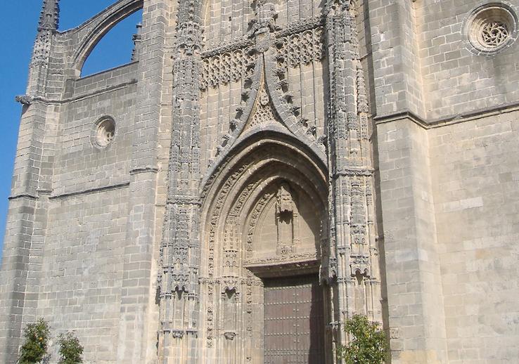 Destinan 450.000 euros a la restauración y rehabilitación de la Iglesia de Santiago