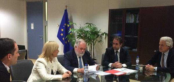 El Ayuntamiento pide a Bruselas fondos para un nuevo plan de empleo y la rehabilitación del casco histórico