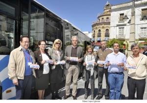 Isabel Paredes y Agustin Muñoz pres campaña  _ dona sangre dona medula