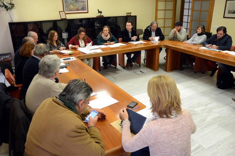 La Comisión de Pleno recoge una nueva idea a favor de los despedidos del ERE