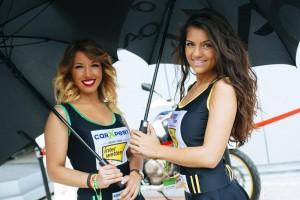 chicas paddock8