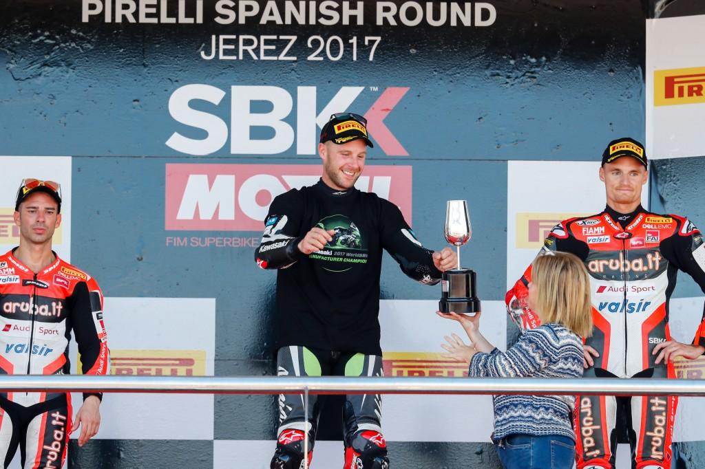 Rea hace doblete en el Circuito de Jerez