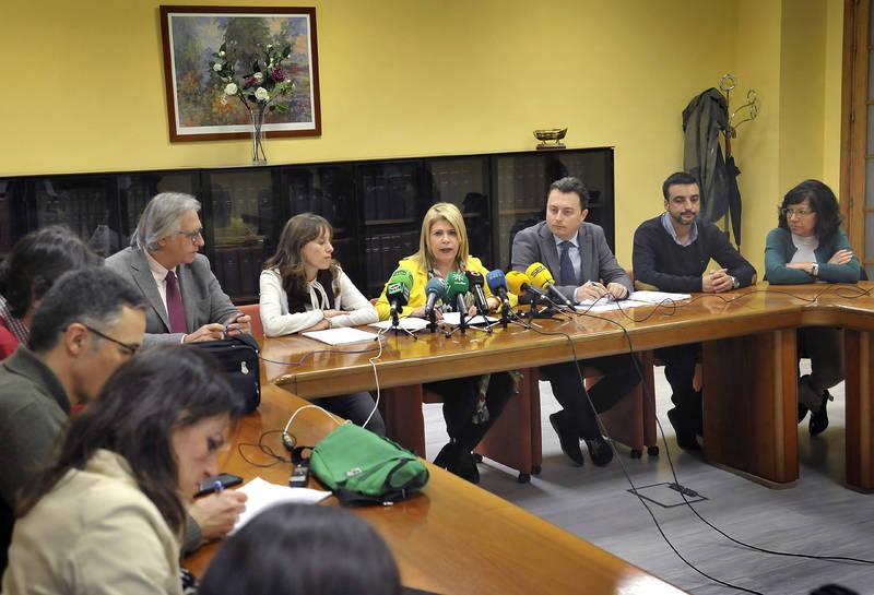 El gobierno municipal presenta los presupuestos de 2018 con una inversión que ronda los 13 millones de euros