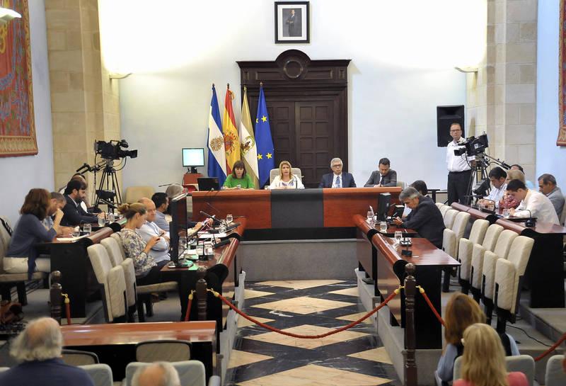 """La alcaldesa avanza las líneas para un modelo de ciudad integrada, inteligente, sostenible y con proyección internacional"""""""