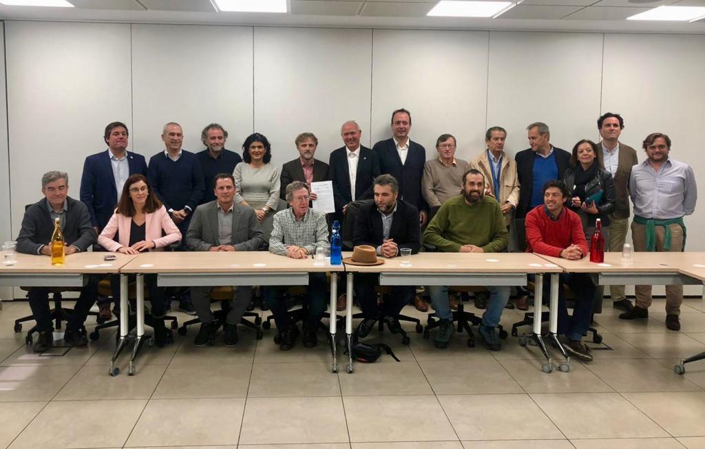 """Gutiérrez: """"Apoyamos a las organizaciones sociales que piden otro reglamento del agua en Andalucía"""""""