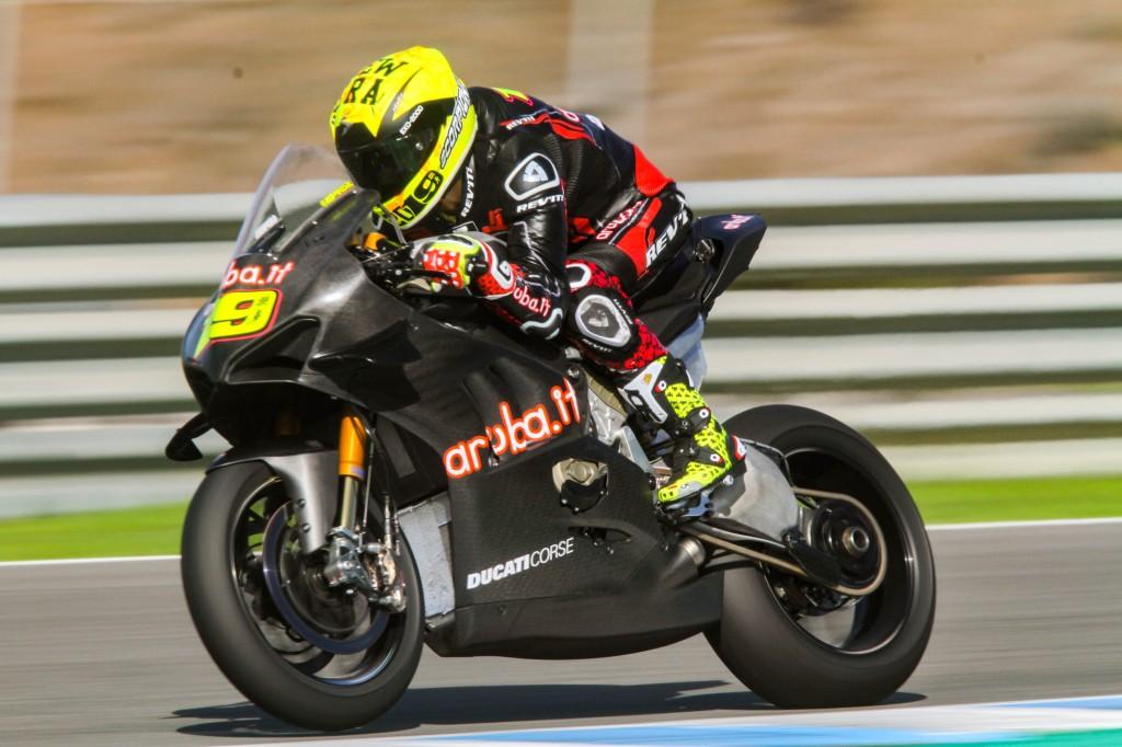 Rea y Bautista arrancan con fuerza los primeros test de equipos del WorldSBK en Jerez