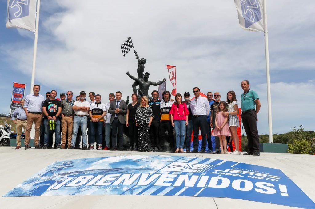 Jerez rinde homenaje a la afición