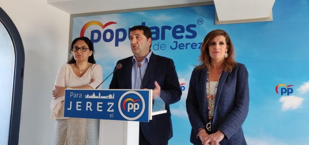 El PSOE no contrata a los parados con el Plan de Empleo que ya ha pagado la Junta