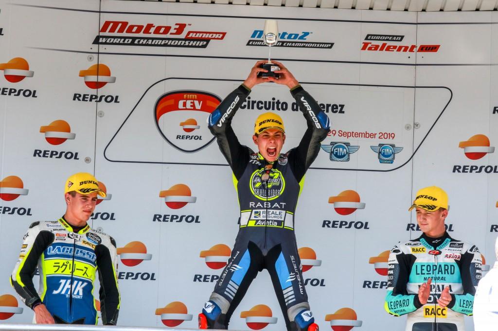 Gran ambiente el vivido en el Circuito de Jerez con las emocionantes carreras del FIM CEV Repsol