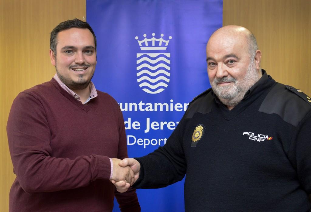 Acuerdo con el Cuerpo de Policía Nacional para el uso de instalaciones deportivas