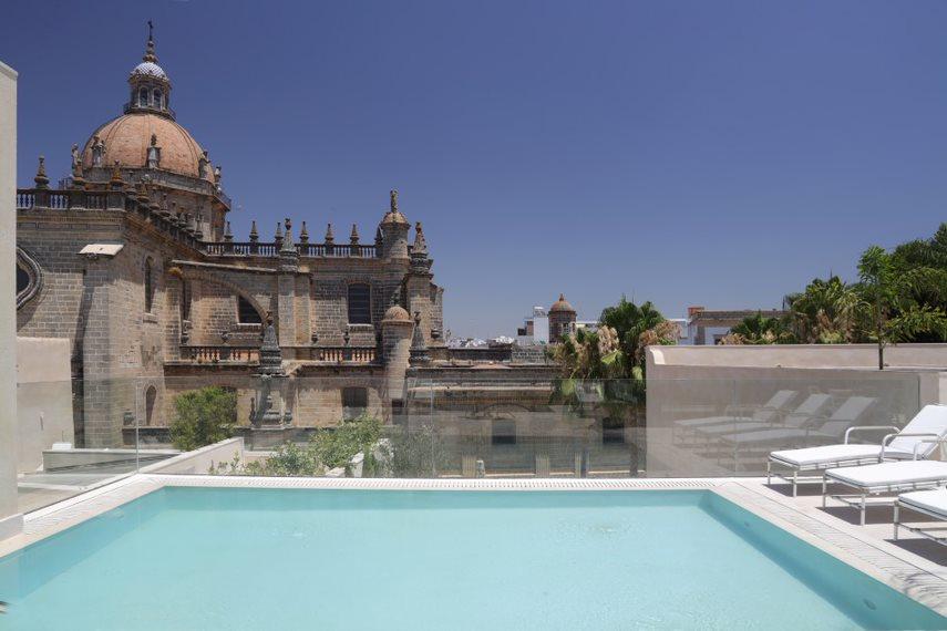 Hotel Bodega Tío Pepe, el primer sherry hotel del mundo de González Byass
