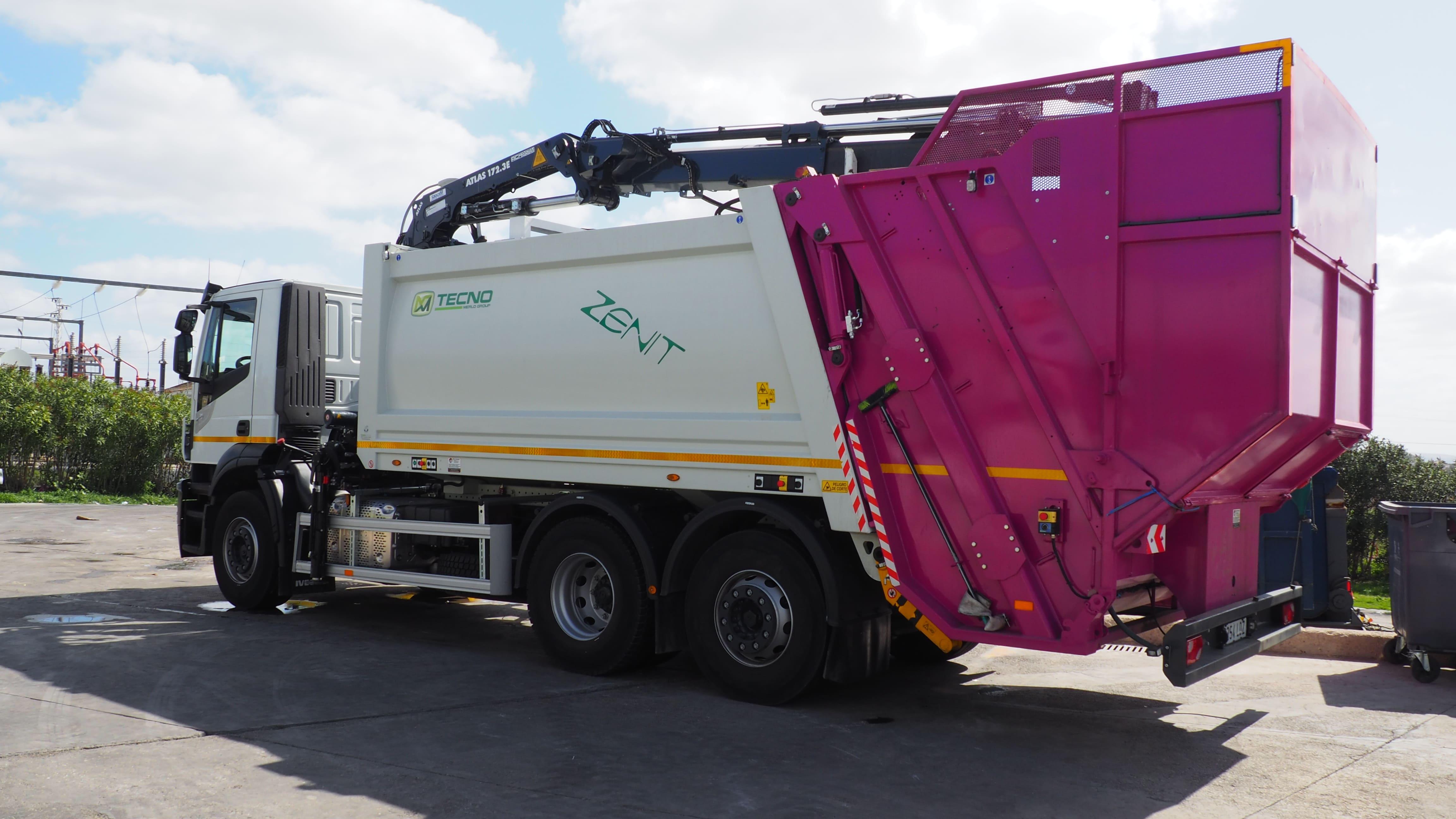 El Ayuntamiento adquirirá dos nuevos camiones para la recogida de residuos sólidos urbanos