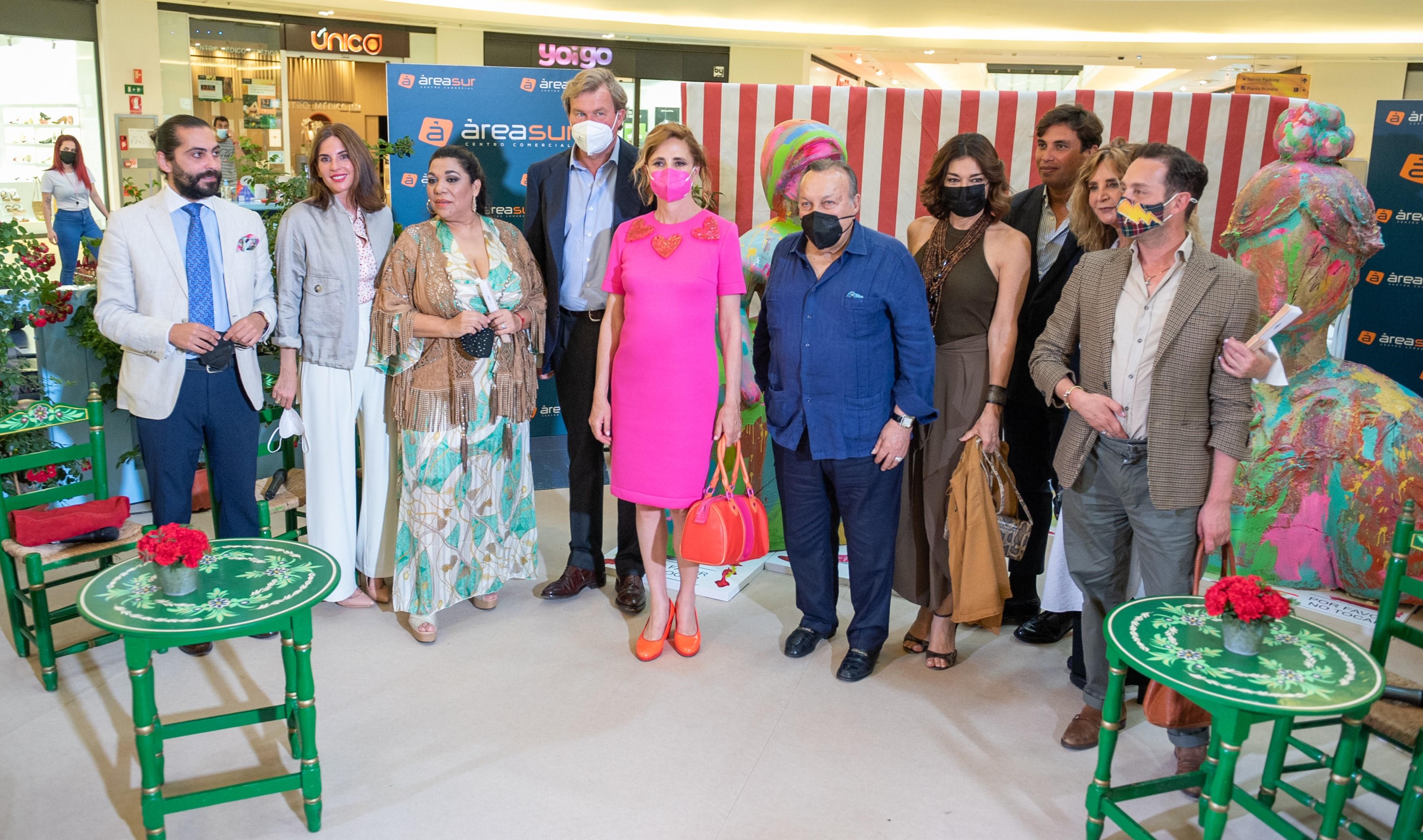 El mundo taurino, del arte o la moda se cita en Área Sur en homenaje a la Feria