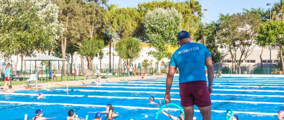 Convocatoria para la contratación de monitores deportivos y socorristas acuáticos