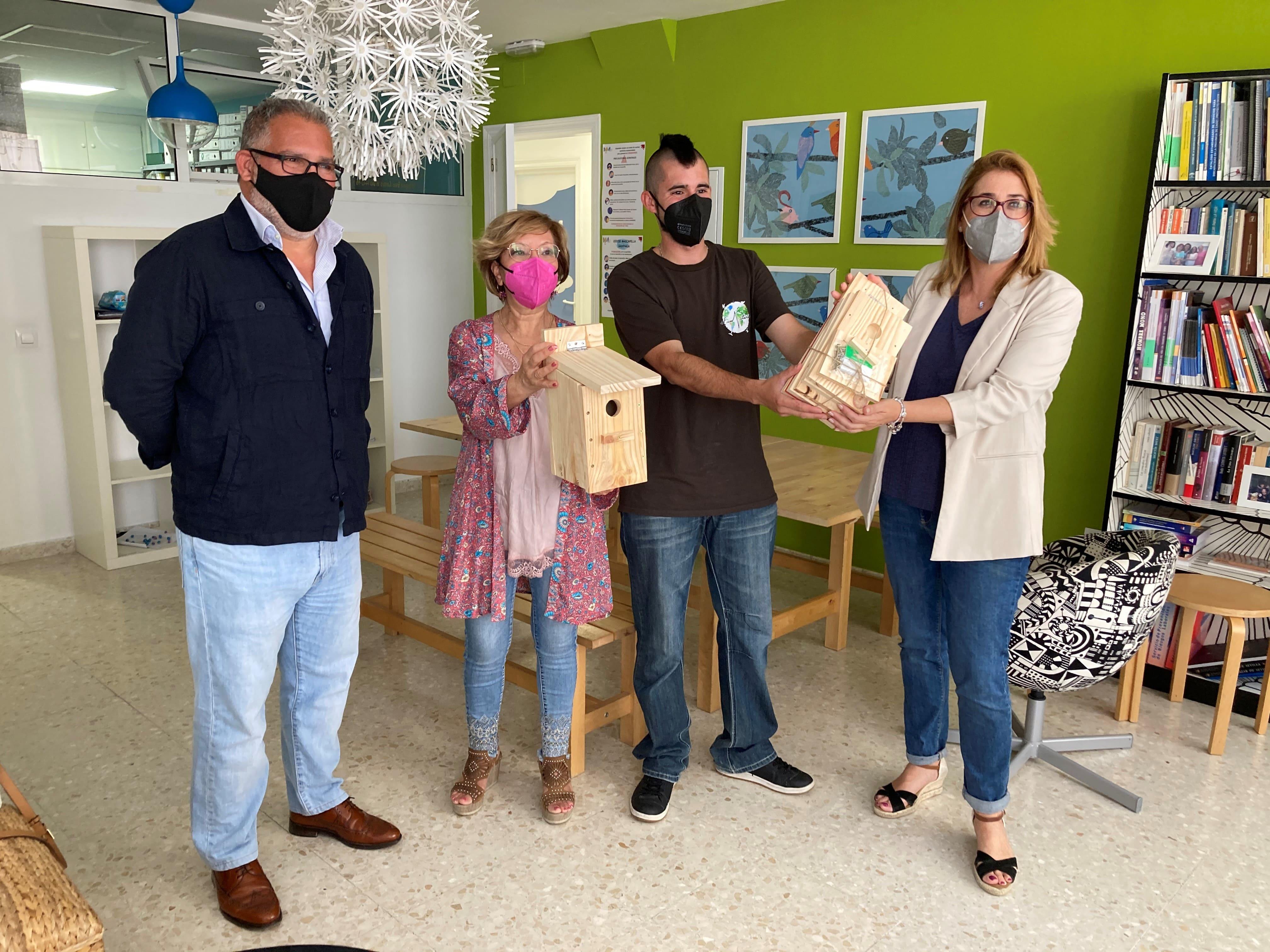 Aquajerez y Faunatura inician un proyecto para la recuperación de gorriones en Jerez