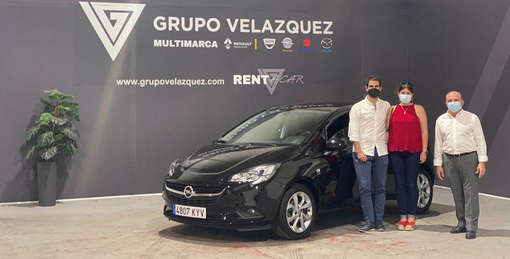 Nuevos clientes estrenan vehículos gracias al servicio y la calidad de Grupo Velázquez