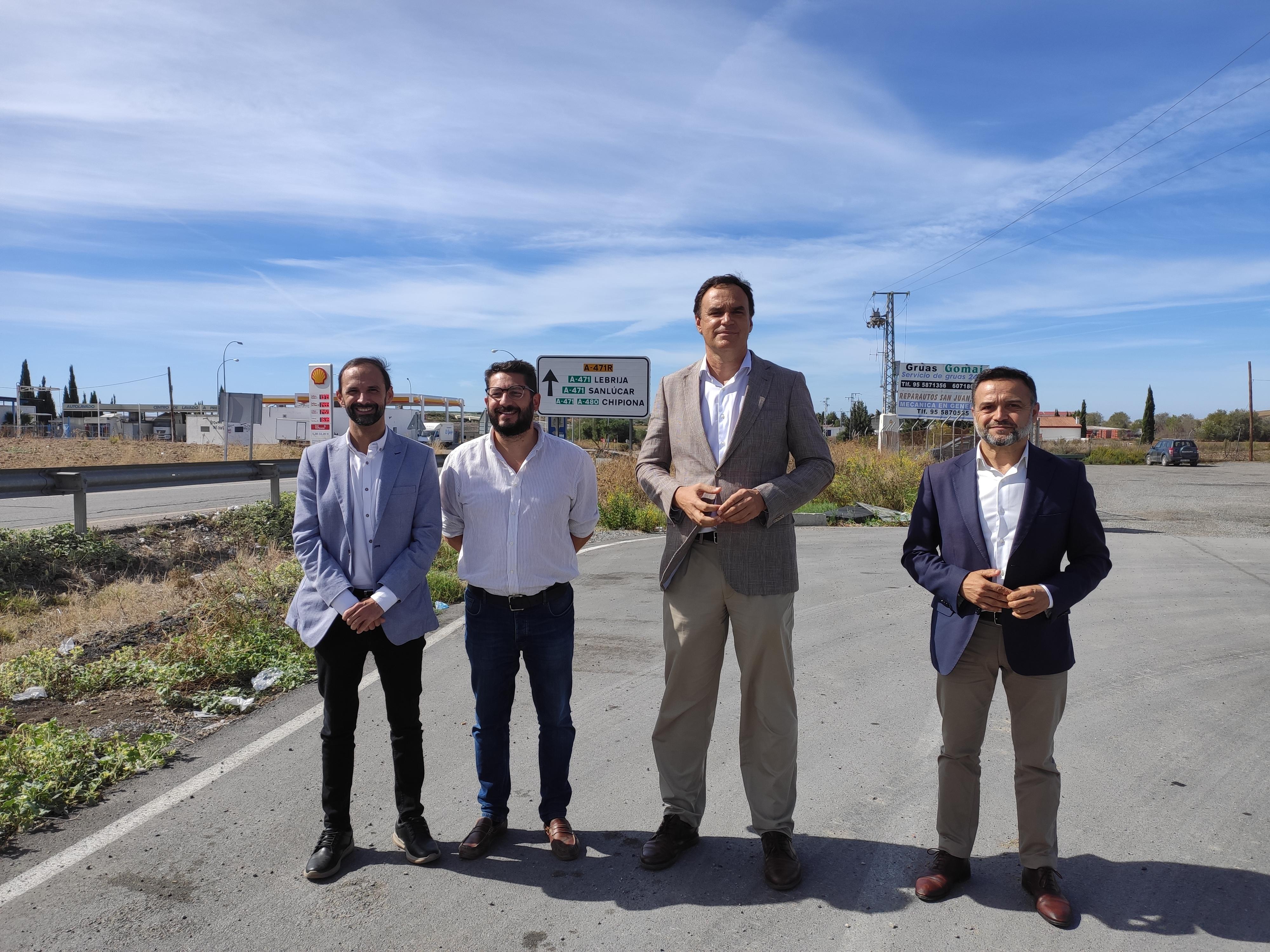 Los Ayuntamientos de Lebrija, Las Cabezas, Sanlúcar y Trebujena, por desdoblar la A-471